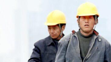 muncitori asiatici