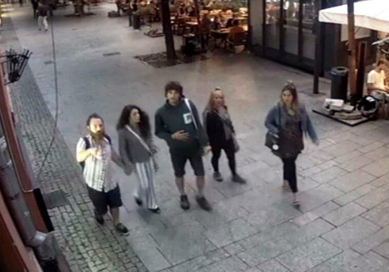 tineri spanioli nu au platit nota restaurant