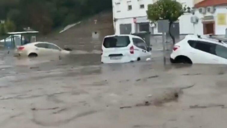 furtuni și inundații