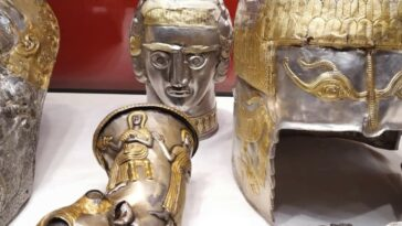 tezaur romanesc Spania